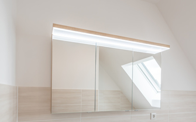 Bad Beleuchtungsidee am Spiegel