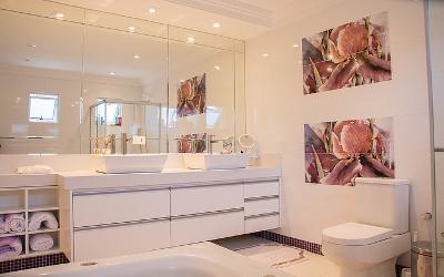 Badezimmer Beleuchtungsidee: Spots