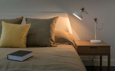 Beleuchtungsidee Schlafzimmer: Nachttischlampe