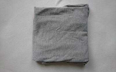 T-Shirt falten Schritt 4
